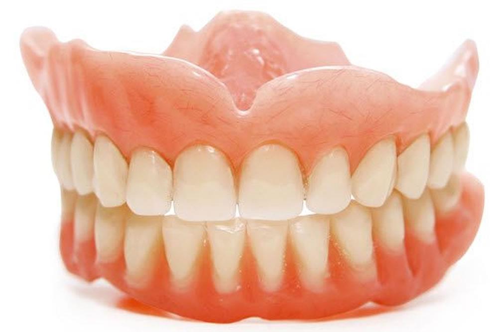 入れ歯の調整・製作